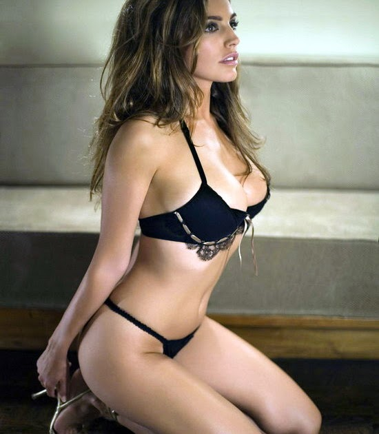 Hd Photos Kelly Brook