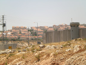 Separation wall between Hizmeh & Pisgat Zeev Settlement in East Jerusalem