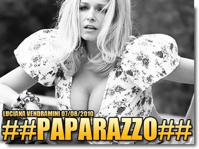 Luciana Vendramini - Paparazzo Agosto