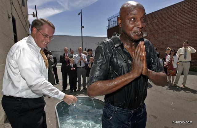 2009复活节 受洗吗?需要全身投入。,洗礼