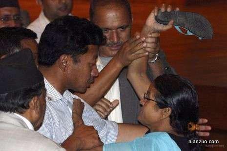 议会大作战 给你一鞋底,印度,鞋