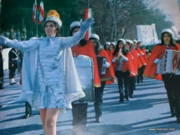 宗教革命之前的伊朗 和美国一样的游行,鼓乐队
