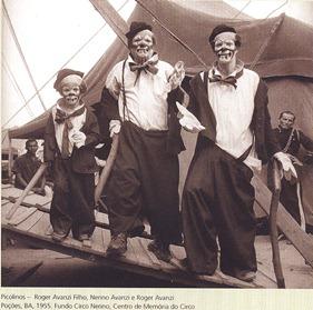 (E) Roger Avanzi Filho, Nerino Avanzi e Roger Avanzi. Circo Nerino em Poções (Bahia), em 1955. Acervo do Centro de Memória do Circo