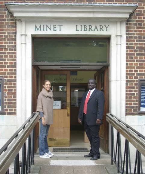 Photo of Kingsley Abrams and Tracy Ritson outside Minet Library: Library definitely not closing, Vassall Ward, SE5