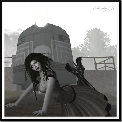 Glamourous14_001c