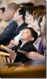 boy_in_church