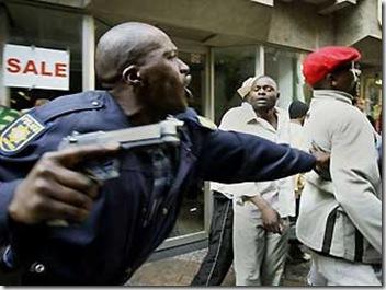SACopsBattleHugeCriminalGangs2009_4_ZeroTolerance blogspot