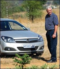 Schonken Isabel brother Leon Rumsey 54 at murder scene she was shot in back Beeld