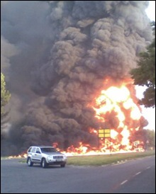 SASOLBURG EXPLOSION residents flee from fuelproducing town in SA MonFeb72011