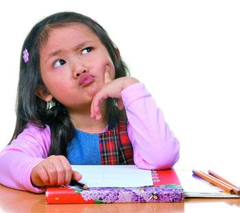niño haciendo tarea 1