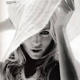 sienna-miller-gq-cover-pictures-sept-2009-6.jpg
