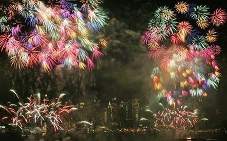 AP-fireworks-ny