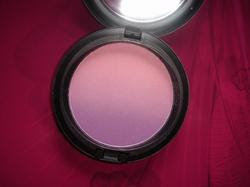 MAC blush ombre azalea blossom