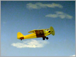 Piper J3 Airplane