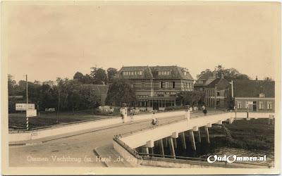 Ommen-Vechtbrug(m-Hotel-de-Zon)-1vbw.jpg