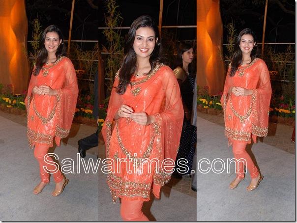 Sayali_Bhagat_Orange_Designer_Salwar_Kameez