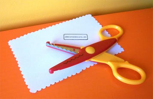 tijeras para decorar hojas y cartas