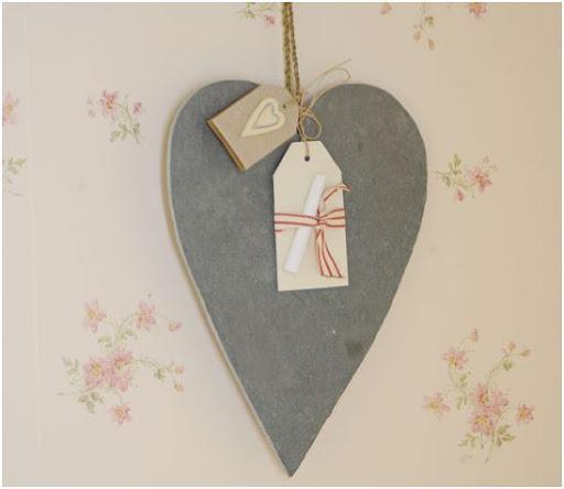 pizarra en forma de corazon para decorar y anotar