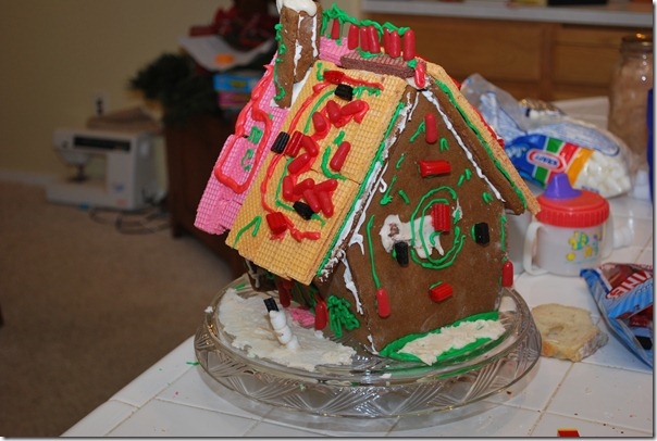 Gingerbread House 018