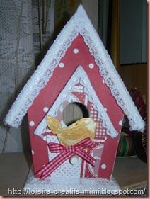 maison d'oiseau décorée