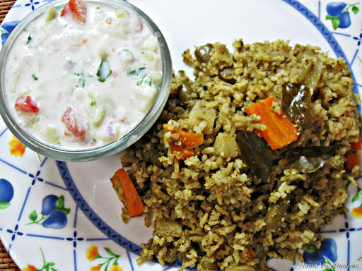 Vegetable Pualv/Pulao with Raita