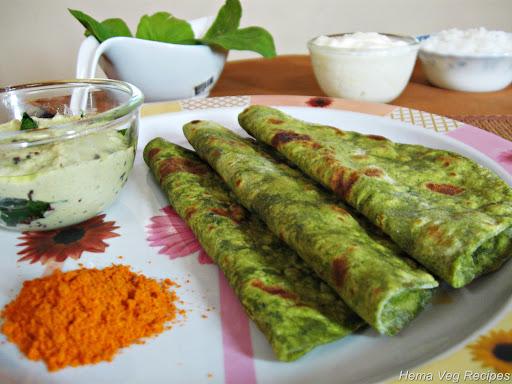 Palak / Spinach Paratha