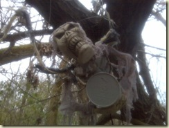 Hanging Cache