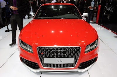 2011 Audi RS5-02.jpg