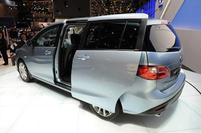 2011 Mazda5-02.jpg
