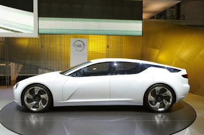 Opel Flextreme GTE Concept-02.jpg