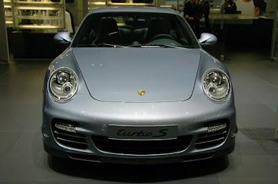 Porsche 911 Turbo S-03.jpg