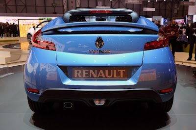 Renault Wind-03.jpg