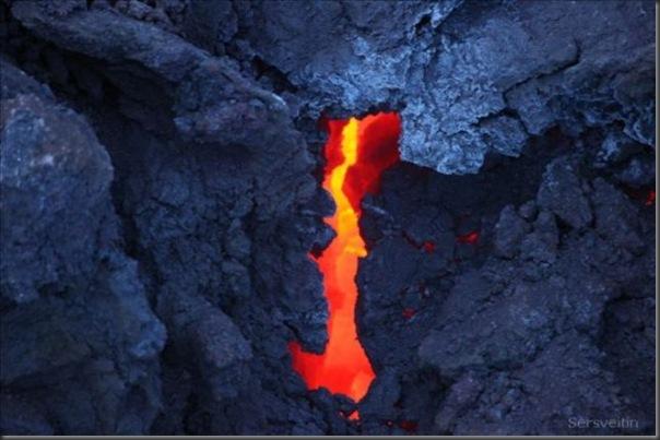 Uma erupção do vulcão islandês (9)