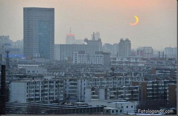 Um Eclipse Solar Surpreendente (4)