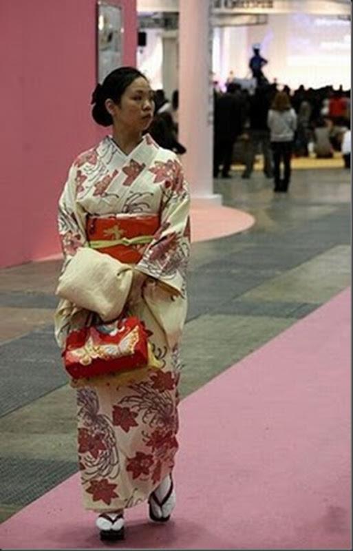 A moda na rua das garotas japonesa (17)