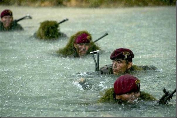 Fotos de forças especiais de diferentes países em ação (51)
