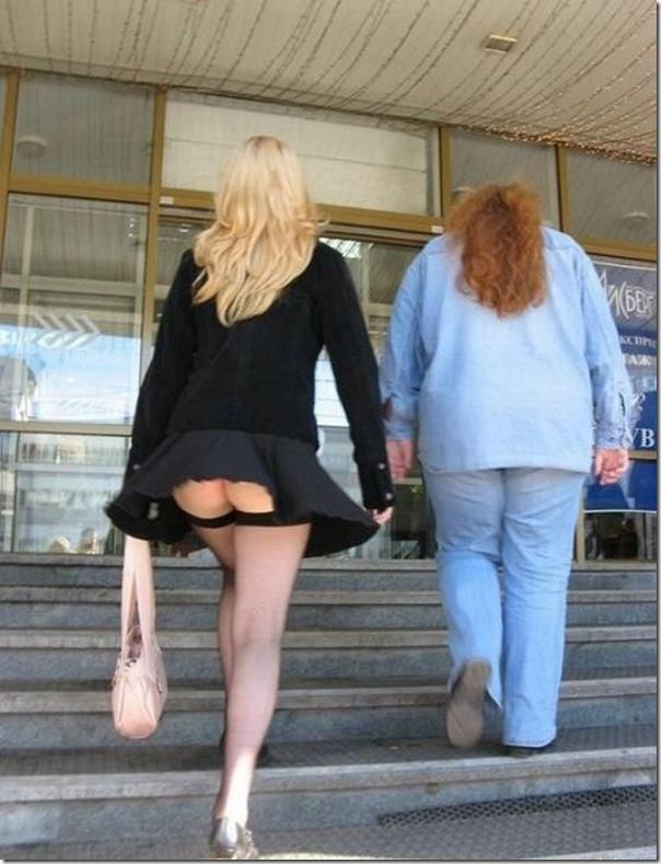 Belas garotas de mini saia   vento = Uma combinação perfeita (3)