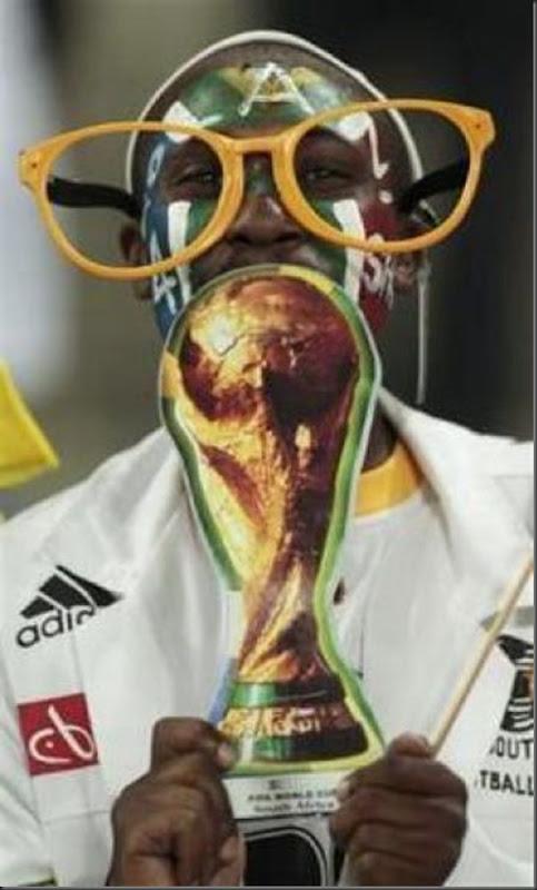 Fantasias loucas e engraçadas na copa do mundo da África do Sul (18)