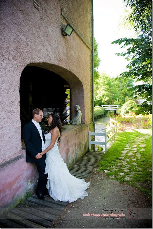 Réception au Moulin 12 Moulin de Saint-Denis par le photographe de mariage Thierry Seguin