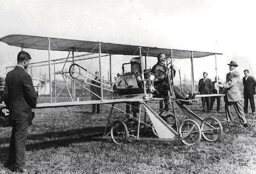 Avión bicicleta