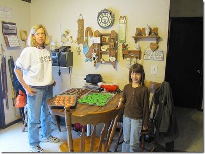 Donna&Nicky12-19-10a