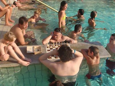 Banhos Széchenyi: Xadrez e banhos - Duas paixões húngaras