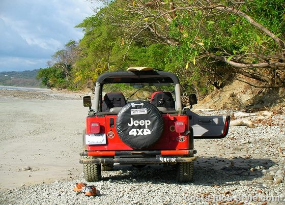 Costa Rica Jeep beach
