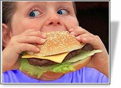 Niño obeso comiendo, 1.