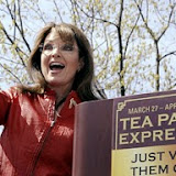 Sarah Palin gives a thumbs up to the crowd following her address during a stop of the Tea Party Express on Boston Common in Boston, Wednesday, April 14, 2010. (AP Photo/Charles Krupa)   Original Filename: Palin_Tea_Party_MACK105.jpg