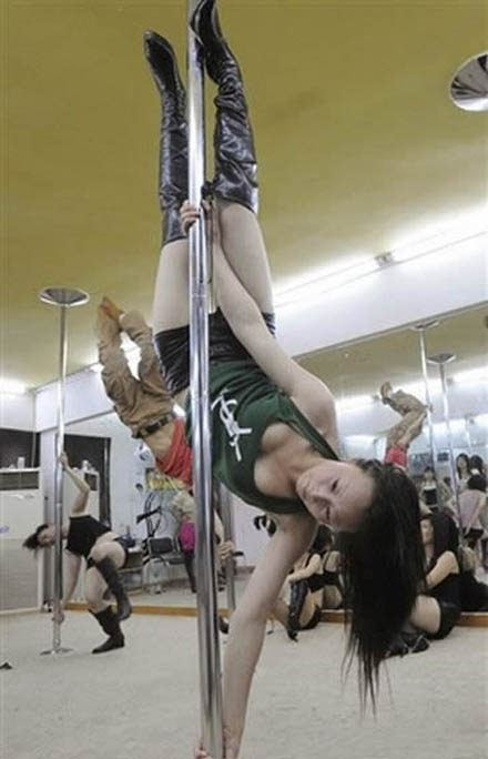pole-dance-school (1)