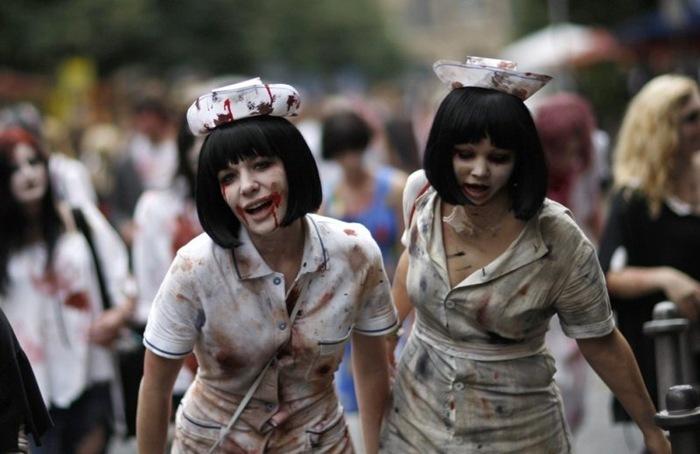 zombie parade (2)