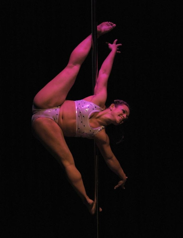 miss-pole-dance (7)