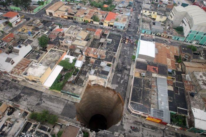 guatemala-hole (3)