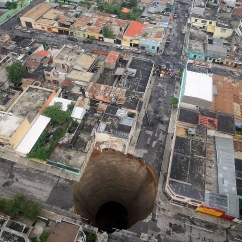 Giant 200 Feet Hole Opens Up in Guatemala